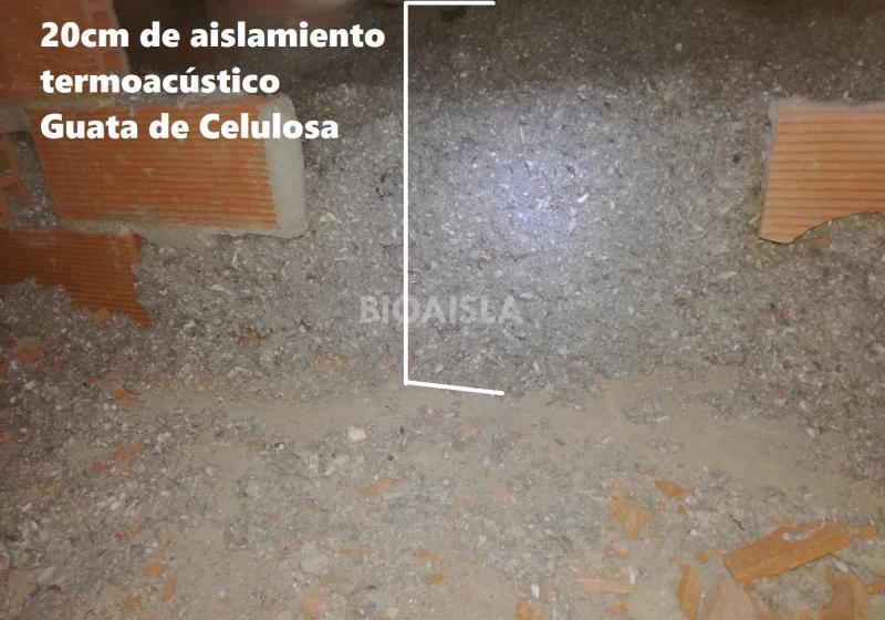 Gran espesor de aislamiento para un correcto aislamiento del tejado