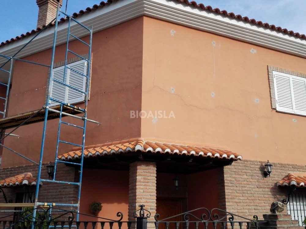 Aislamiento insuflado desde el exterior en cámaras de aire en Granada